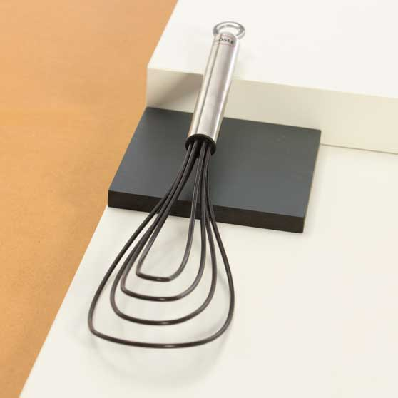 (Product12)Flat,-Black-Whisks