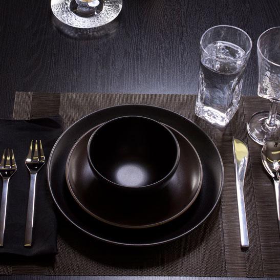 (Product20)Heath-Ceramics-Setting