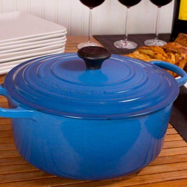 (Product13)Le-Creuset-Blue-Dutch-Ovenss